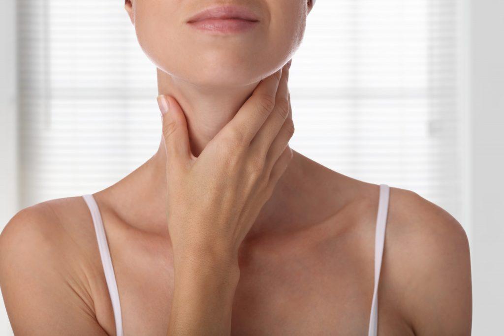 Hashimoto's Hypothyroidism Dr. Chelsea Gronick ND